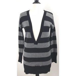 •Vince• 100% Cashmere Deep-V Tunic Sweater